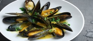 Curried Mussels with Coriander