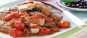 Seared Tuna with Tomatoes and Basil