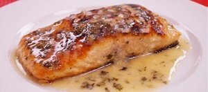 Seared Salmon with Lemon Butter Sauce